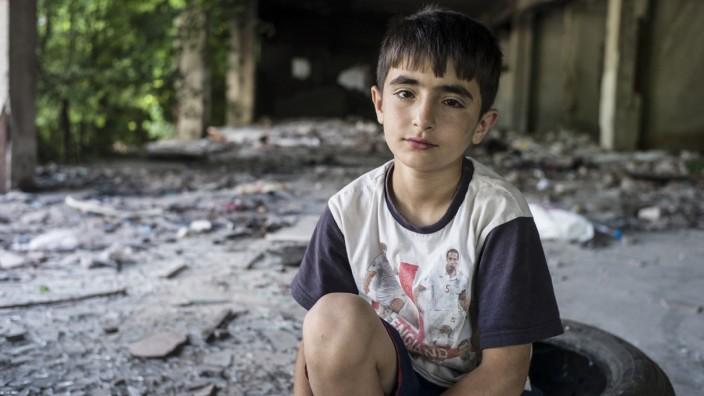 Dateline S2016 Ep38 - Europe's Refugee Orphans