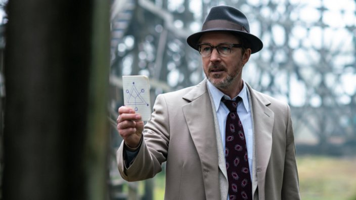 Project Blue Book S1 Ep1 - The Fuller Dogfight